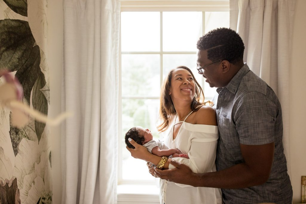 marietta newborn photographer lifestyle family picture