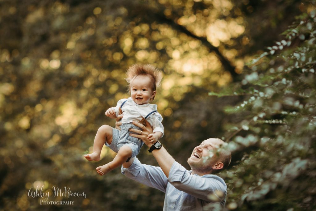 east cobb family photographer dad and baby