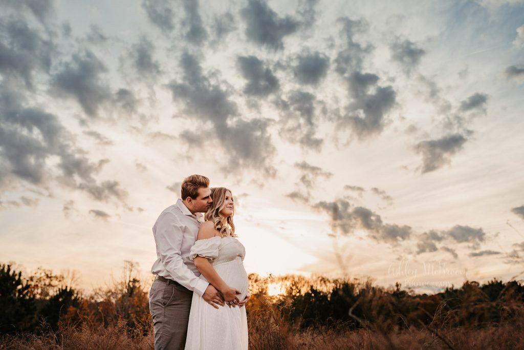 maternity photo session under amazing sky